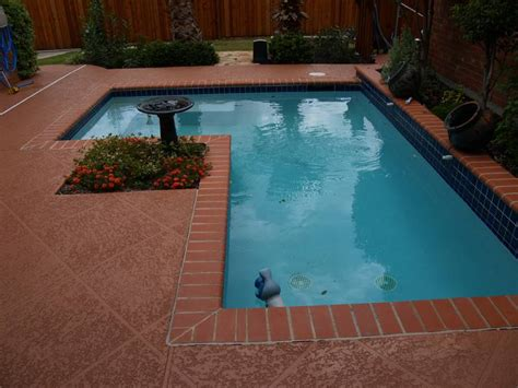 Pacific clay red bullnose brick coping