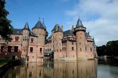 Holland: Dutch Castles and Country Houses • Surf4Hub News