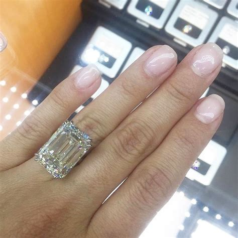 Paris Hilton Is Engaged to Chris Zylka And Her Ring Is Giant