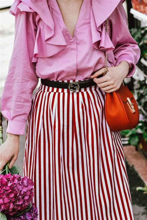 The chic pink and red spring outfit you will want to try