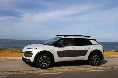 Citroën C4 Cactus e-HDI 92 Airdream first drive review