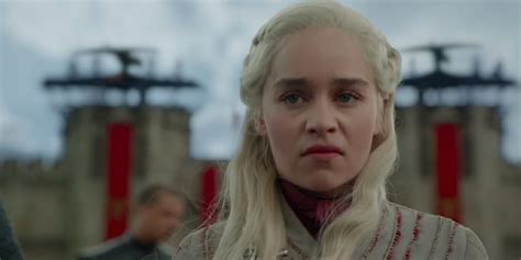 'Game Of Thrones' Fans Want Dany To Turn Mad Queen, Burn